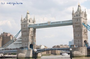 zwergalarm-tower-bridge-london.fin