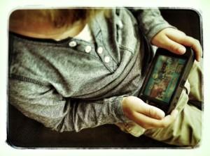 zwergalarm-handy-in-schultuete-Blogparade-Sohn-Smartphone